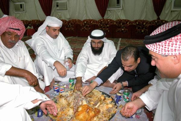 qatar_weedingfeast1