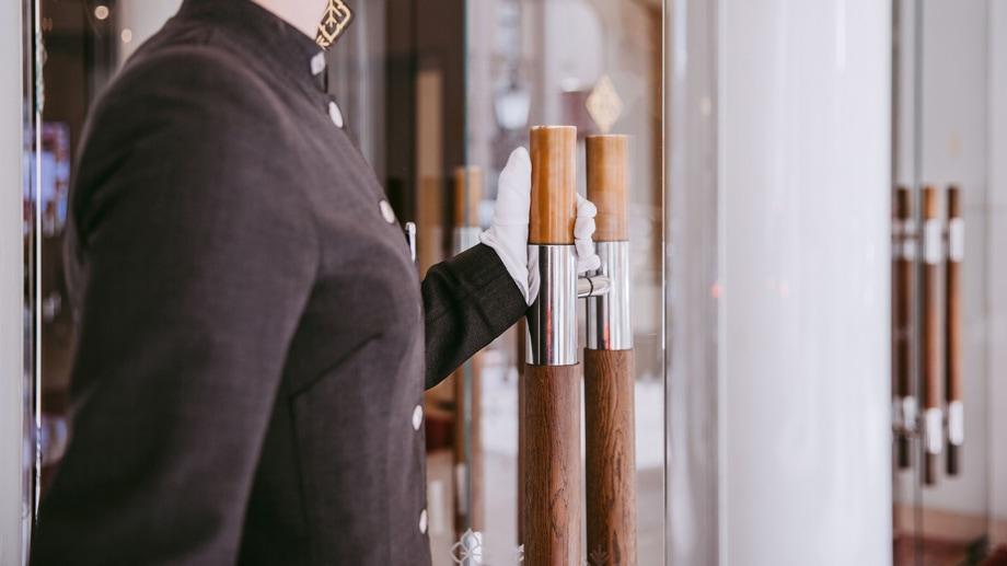 Kempinski White Glove Service- ALO Magazine